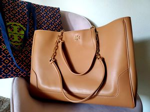 Classic Carter Leather Tote from Tory Burch for Sale in Stanton, CA