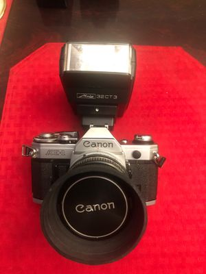 AE-1 Canon with Flash for Sale in Queens, NY