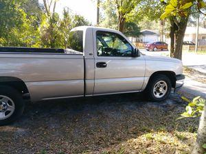 Chevy 04 Silverado for Sale in Tampa, FL