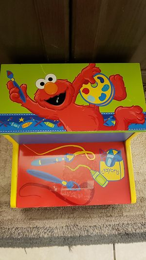 Child's Elmo bathroom step stool for Sale in Phoenix, AZ