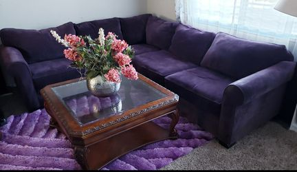 SECTIONAL, RUG AND COFFEE TABLE for Sale in Las Vegas,  NV