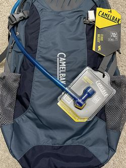 Camelbak New With Tags NWT 61840 Cloud Walker hydration Pack, Orion Blue/Dark Navy Antidote Reservior Backpack for Sale in Bellevue,  WA