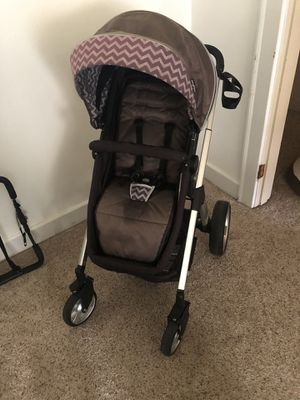 Baby Trend stroller for Sale in Olympia, WA