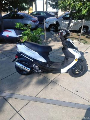 AVAILABLE NOW! FEBURARY 5TH 2019 OFFER WILL BE NO LONGER,50cc scooter,Brand New,$650/PICK UP OK/N.W- WASHINGTON,DC for Sale in Washington, DC