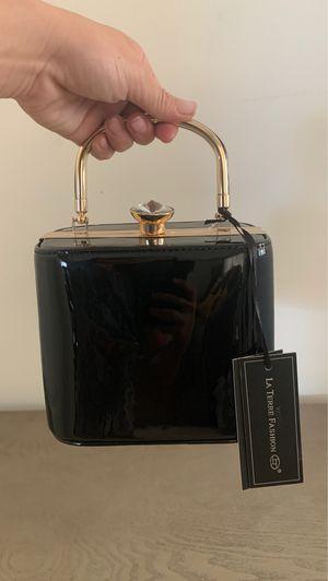 Brand new la terre fashion CUTE handbag/purse for Sale in Glendale, CA