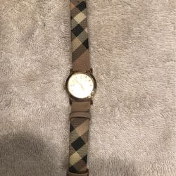 Beautiful Burberry Watch - Worn Once for Sale in Woodinville,  WA