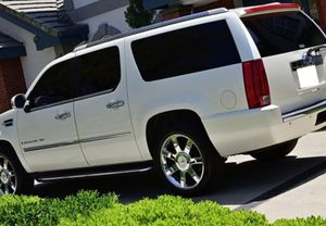 💯On Sale 2008 Cadillac Escalade AWDWheels Awesome for Sale in Fresno, CA