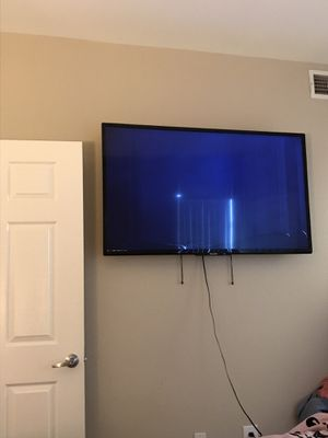 60 inch Phillips Smart TV for Sale in Moreno Valley, CA