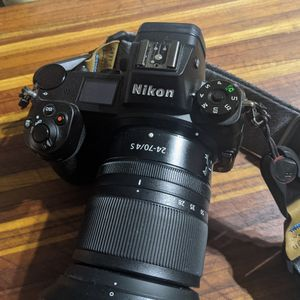 Nikon Z6 (body only) perfect condition for Sale in Bremerton, WA