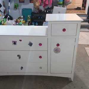 """Changing Table 53""""x 37"""" X 17"""" for Sale in Laurel, MD"""