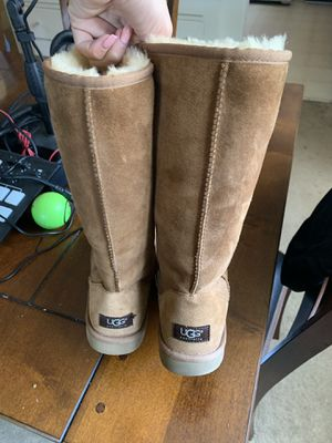 Women's uggs for Sale in Seal Beach, CA