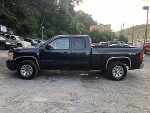 2007 chevy Silverado 1500 for Sale in Pittsburgh, PA