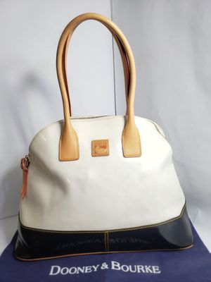 Rare Black And White Patent Leather Dooney And Bourke Handbag for Sale in San Antonio, TX