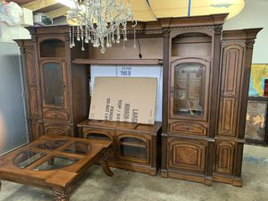 8 piece Living room set ( Lg entertainment center/ coffee table/ side table/ long end table. ) for Sale in Canyon Country, CA