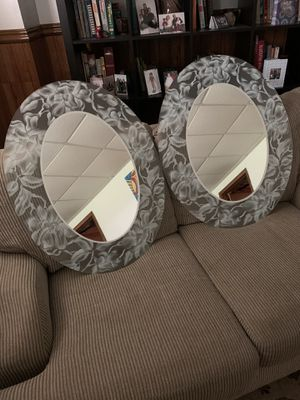 Wall Mirrors Oval x2 for Sale in Valencia, PA