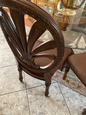Dining table whit 5 chairs for Sale in Aurora, CO