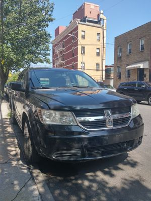 2009 Dodge Journey 165,000miles for Sale in Queens, NY