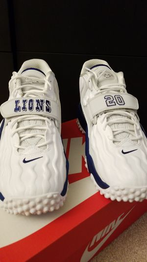 Air zoom turf jet 97 barry sanders size 9.5 for Sale in Washington, DC