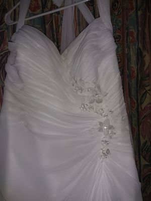 Davids bridal wedding dress for Sale in NEW PRT RCHY, FL