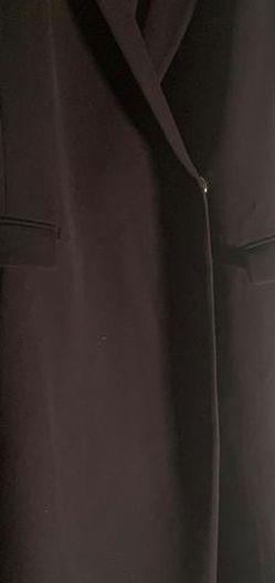 Tara Jarmon Sleeveless Coat for Sale in Arlington,  VA