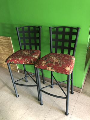PAIR OF USED COUNTER/ISLAND STOOLS 29 '' IN EXCELLENT CONDITION for Sale in Jessup, MD
