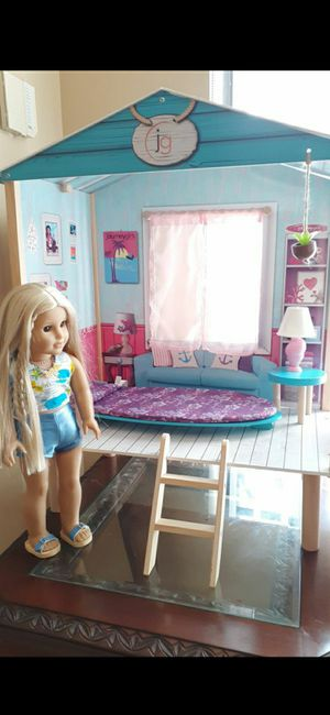 JG doll's beach Hut for Sale in Medley, FL