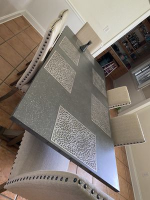 Dinning Room with 6 chairs for Sale in Hollywood, FL