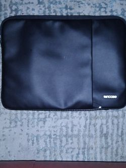 "Incase 13"" Black Protective Sleeve Deluxe for MacBook for Sale in Redlands,  CA"