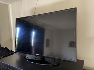 Samsung smart TV for Sale in Long Beach, CA