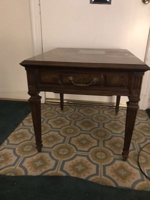 Wooden End Table for Sale in Mount Rainier, MD