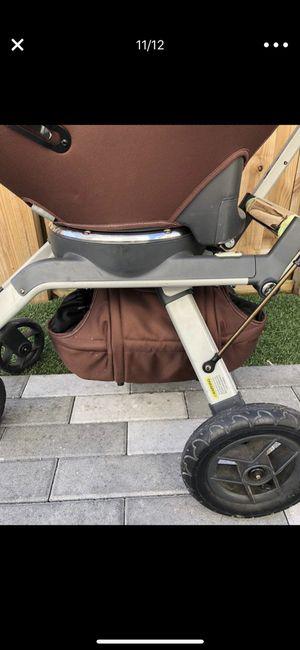 Orbit baby stroller for Sale in Miami, FL