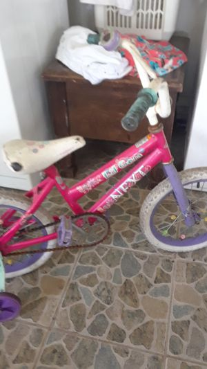Girls bike for Sale in Winter Haven, FL