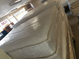 Full regular mattress for Sale in Fresno, CA