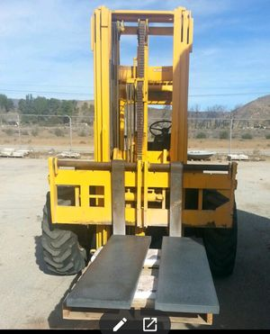 Champ Forklift Works - needs wires! for Sale in Palmdale, CA