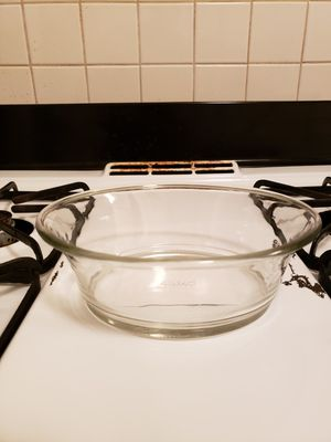 Clear pyrex dish for Sale in St. Louis, MO