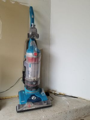 Hoover vacuum cleaner $25 for Sale in Herndon, VA