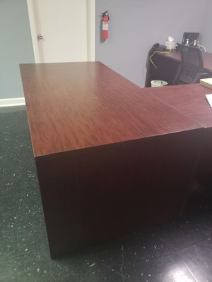 Office furniture for Sale in Baltimore, MD