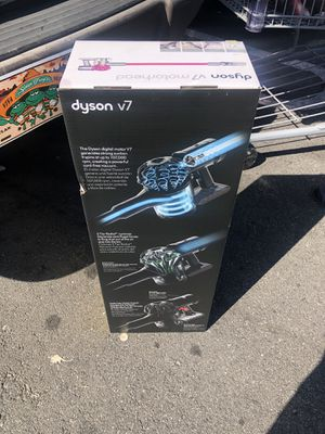 Dyson V7 for Sale in Pacific Palisades, CA