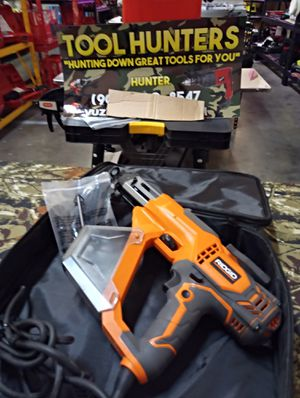 "NEW RIDGID 3700 RPM COLLATED DRYWALL AND DECK SCREWGUN !! POWERFUL MOTOR TO SINK SCREWS UP TO 3"" for Sale in San Bernardino, CA"