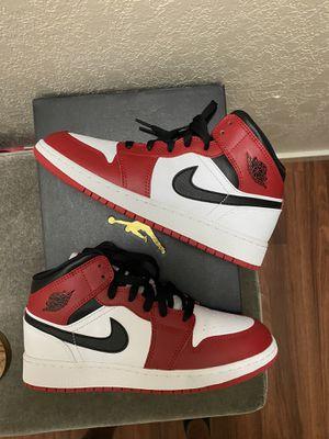 Jordan 1 Mid GS Chicago for Sale in Fresno, CA