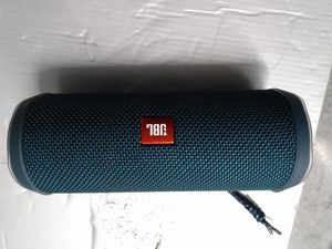 Blue JBL Flip 4 for Sale in Everett, WA