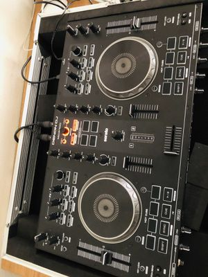Dj controller mixer Dj equipment dj scratch DJ beat for Sale in San Diego, CA