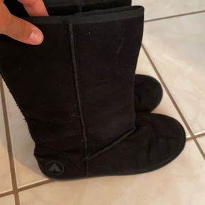 Cute Black Comfy Boots Girls for Sale in Miami, FL