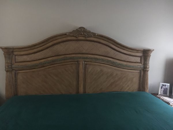 Beautiful King Bed and Mattress, Armoire and Lighted Curio