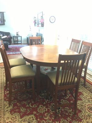 High Top Kitchen Table for Sale in Mableton, GA
