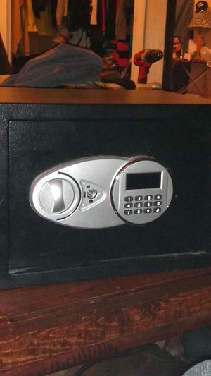 Digital fireproof safe for Sale in Evansville, IN