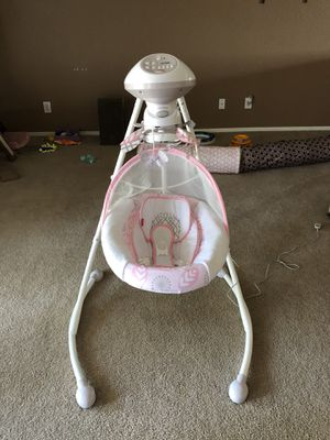 Pink Fisher Price Cradle Swing for Sale in Sun City, AZ