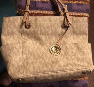 Michael Kors Purse for Sale in Indianapolis, IN