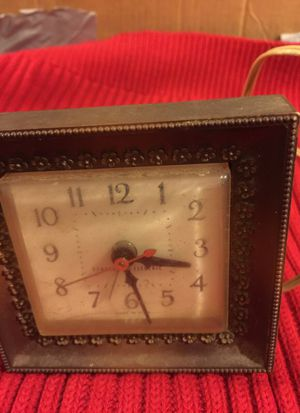 Antique General Electric Alarm Clock for Sale in Chelmsford, MA