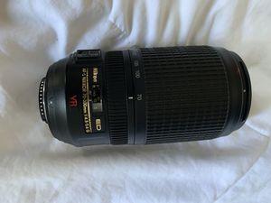 Nikon AF-S 70-300mm camera lens for Sale in Los Angeles, CA